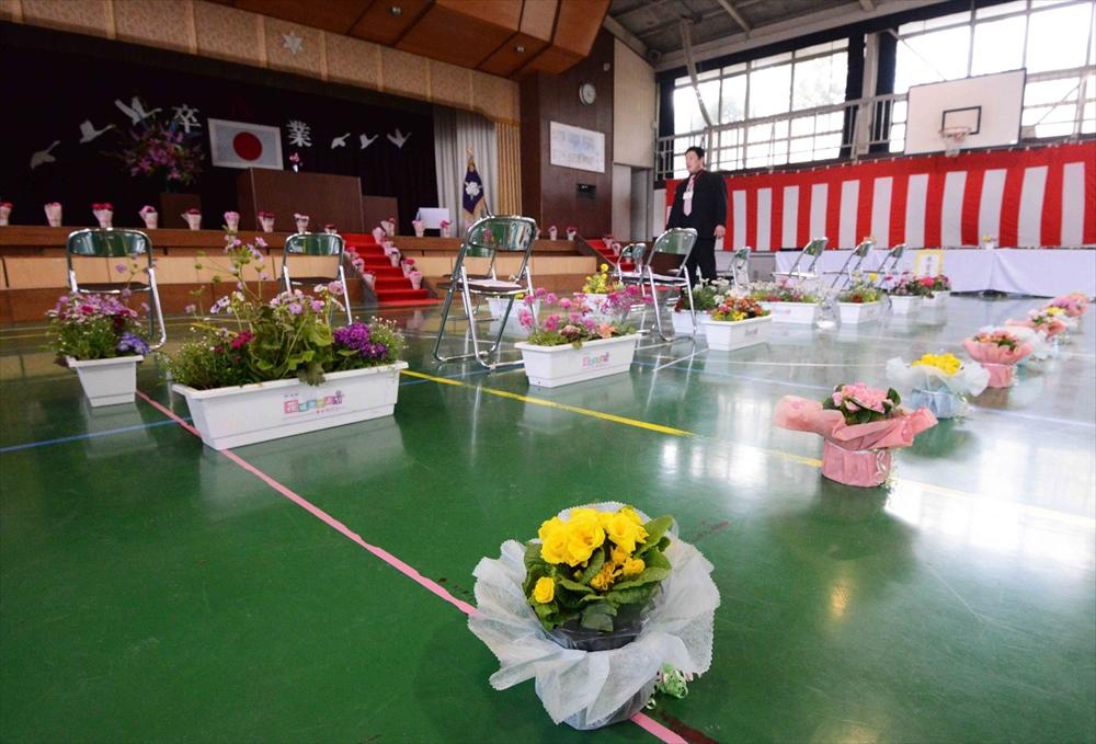 仙台市立中野小学校に寄贈_2014_3-18