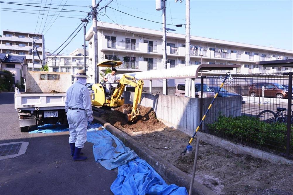仙台市復興住宅にて花壇づくり