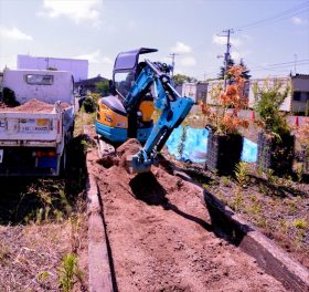 仮設住宅に設置した花壇・ガーデンの撤去