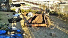 仙台市若林区大和町復興公営住宅の花壇つくり